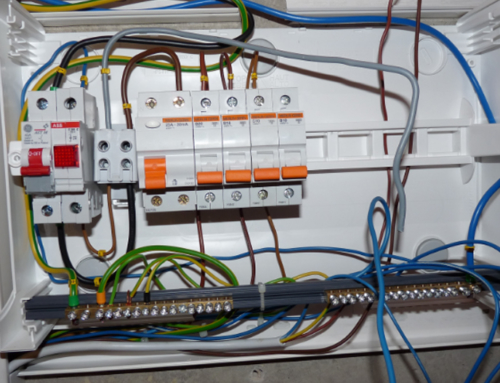 Free Connections on Circuit Breaker Terminals